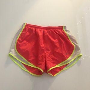 Nike Tempo DriFit Shorts M